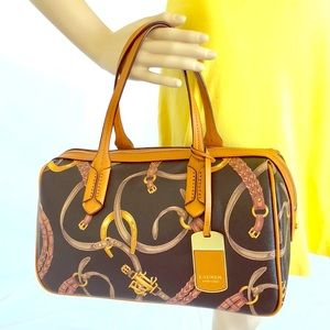 Exquisite 100% like new classic Ralph Lauren purse